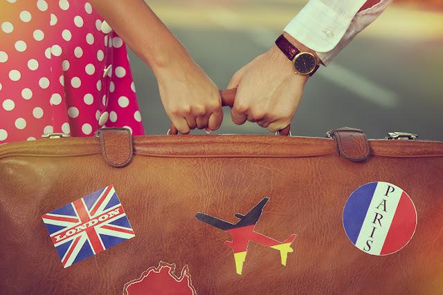 Preparar las maletas para el viaje de novios - Foto: www.bostonmagazine.com