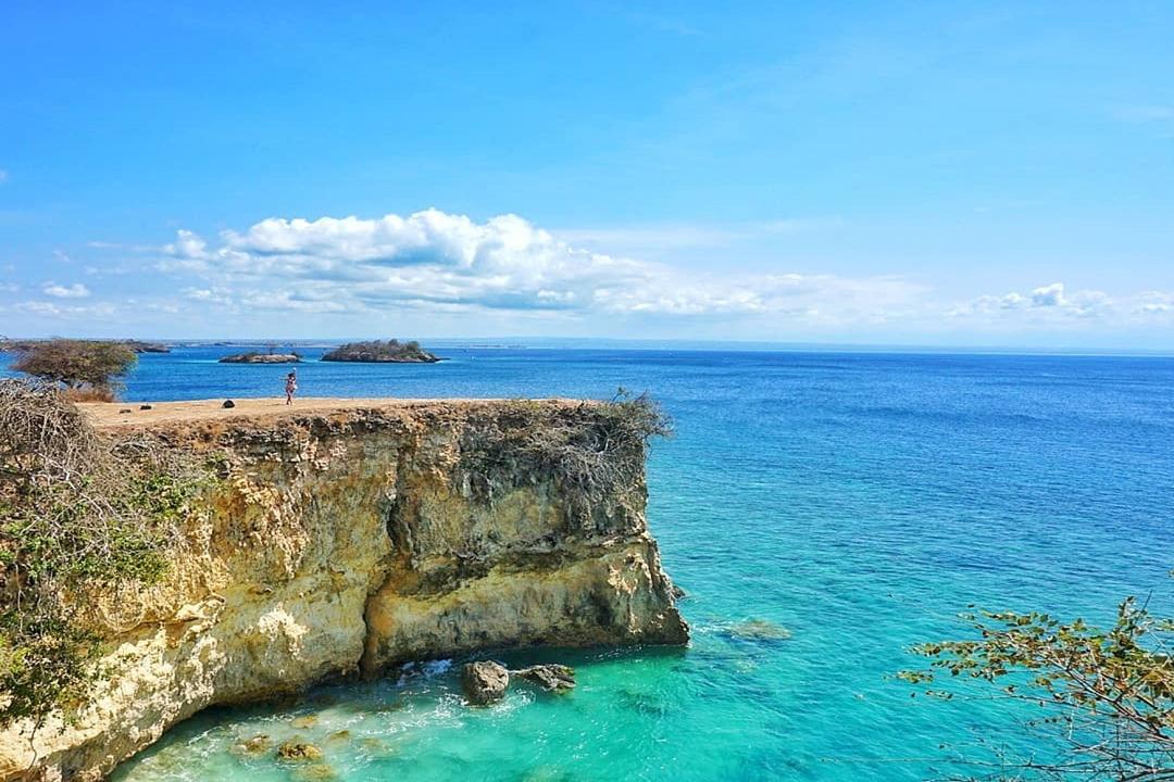 Gambar Wisata Pantai Pink Lombok by @ecot95
