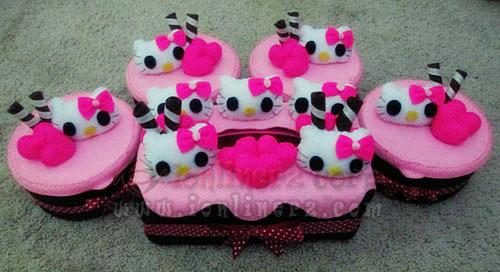 Jual Kotak / Sarung / Tempat Tisu, Toples Kue Flanel Set Karakter Kartun Hello Kitty