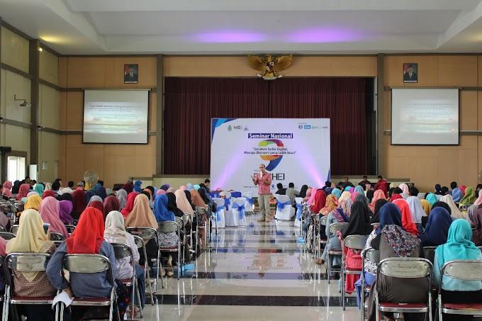 """Seminar Nasional """"Gerakan Sadar Digital, Menuju Ekonomi yang Lebih Ideal"""""""