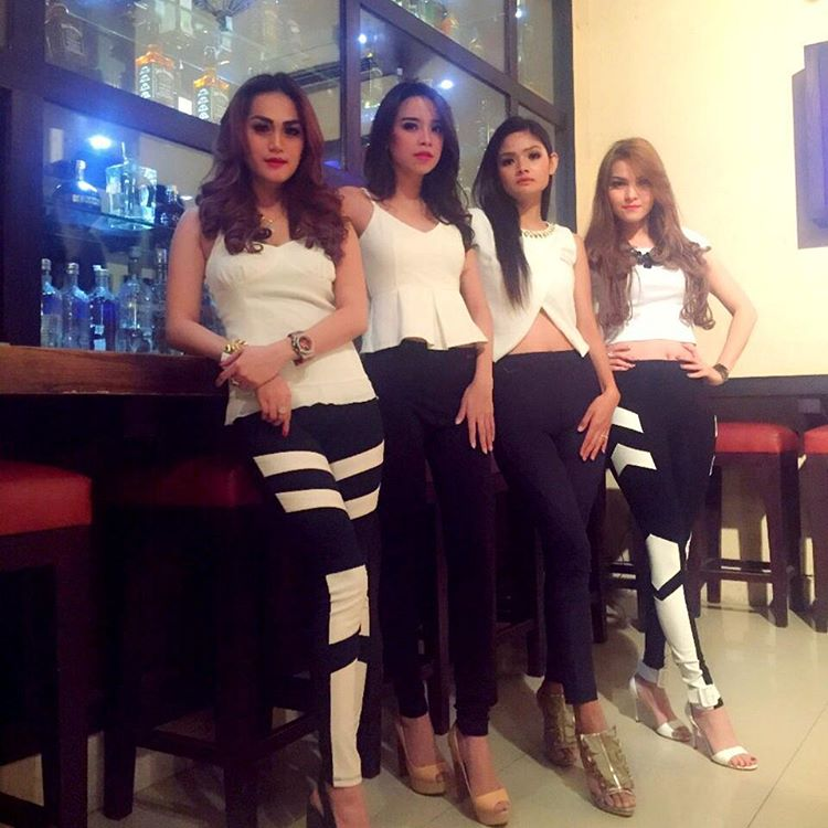 Free personals from Surabaya Indonesia
