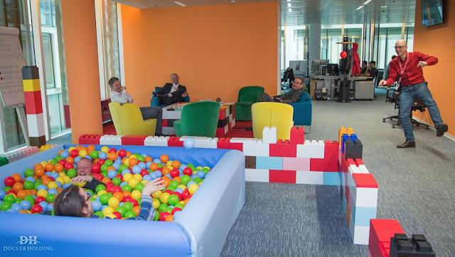 Fastudio for Lego giganti arredamento