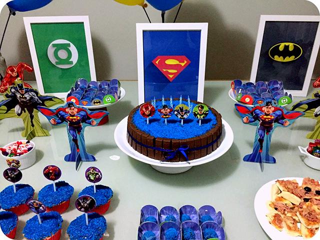 Decoração Festa da Liga da Justiça - Super Heróis : Bolo