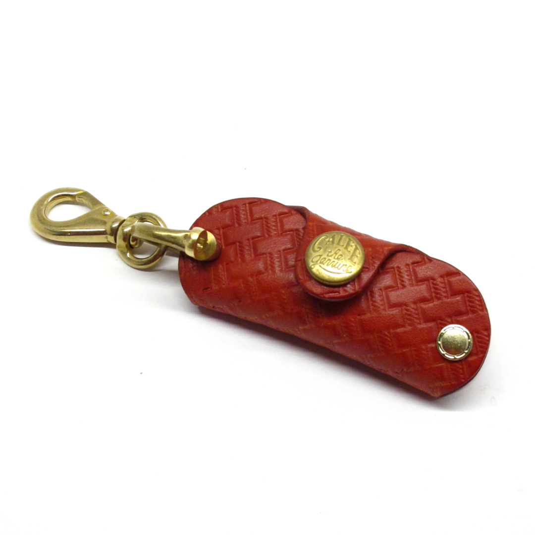 "CALEE ""Embossing leather key case"" Price:12,960yen"