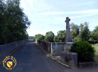 PULLIGNY (54) - Croix du pont