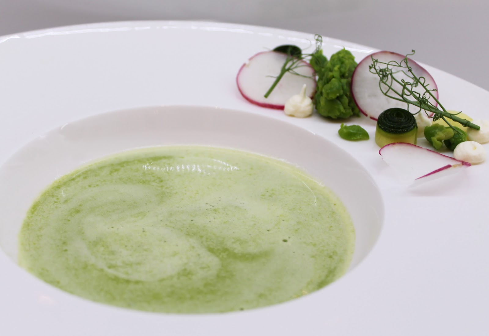 Green pea soup for every taste 5