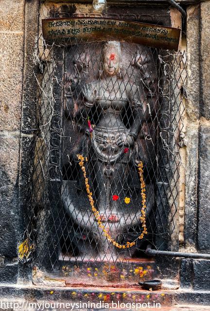 Mahishasura Mardini at Bhoga Nandeeshwara Temple