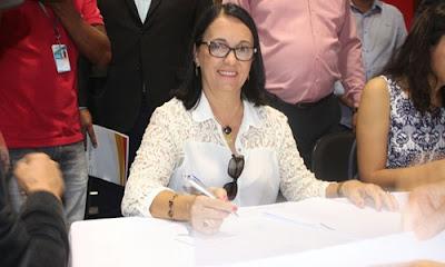 Resultado de imagem para MARAÚ: JUSTIÇA ELEITORAL CASSA PREFEITA GRACINHA VIANA