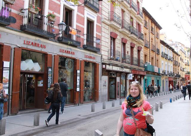 raskaana matkustaminen / Madridissa jäätelöä
