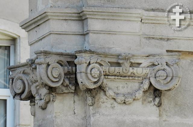 TOUL (54) - Hôtel particulier (XVIIIe siècle)