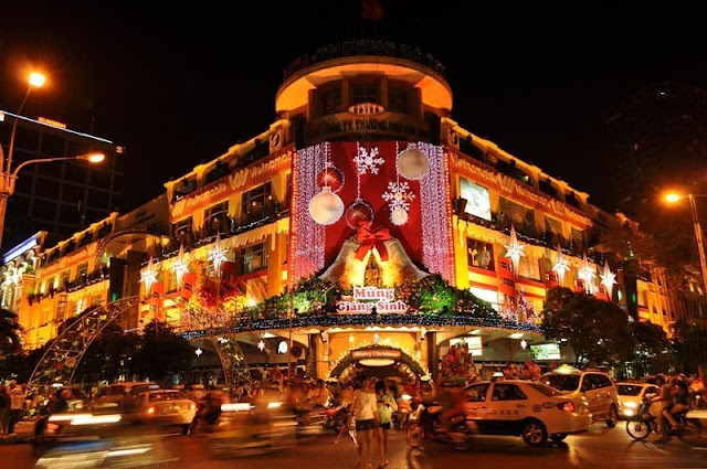Christmas in Vietnam is different from the world? 6
