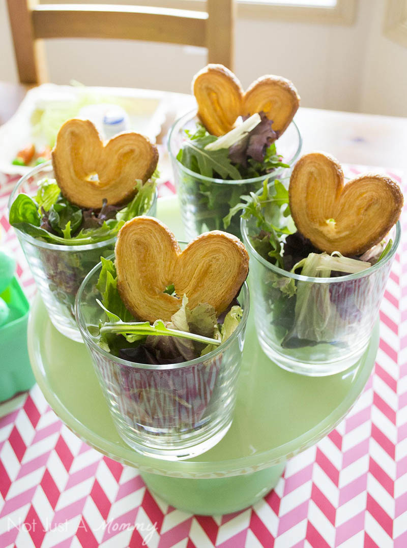 How To Style A Easter Table; salad with bunny ear cookies