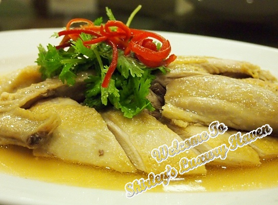 famous-kitchen-kampong-crystal-chicken