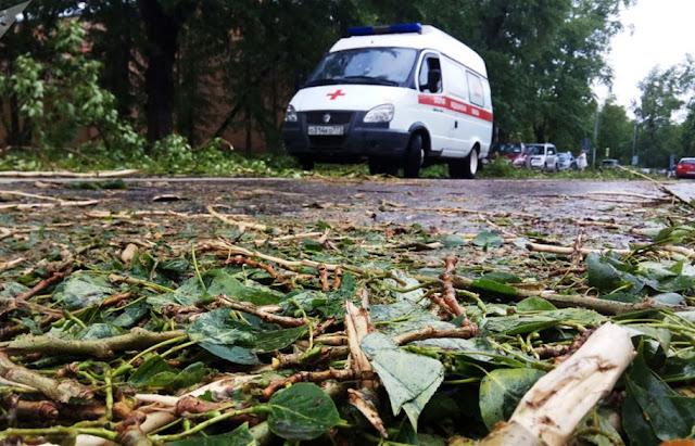 ارتفاع ضحايا إعصار موسكو الي 13 قتيل حتى الان واصابة العشرات