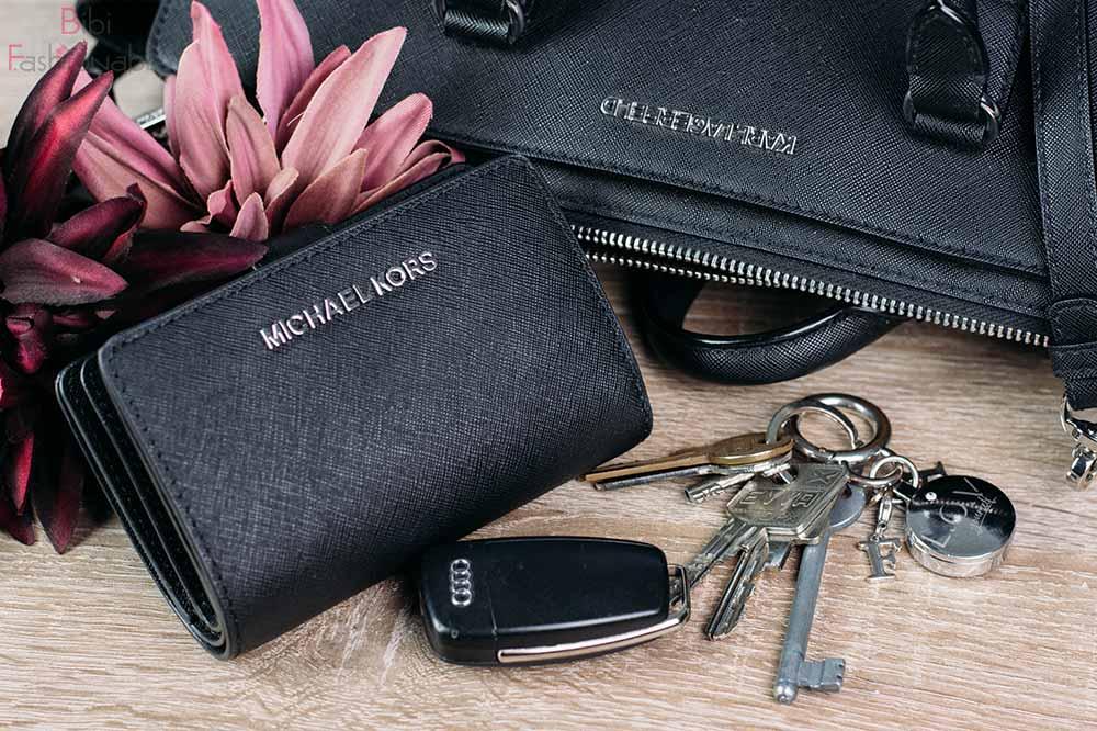 Whats in my Bag Geldbörse und Schlüssel