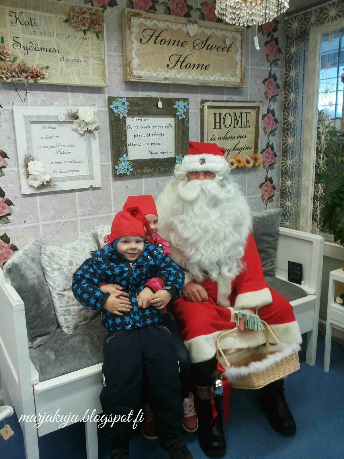 Lapset ja joulupukki