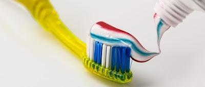 كيف ا ختار معجون أسنان المناسب