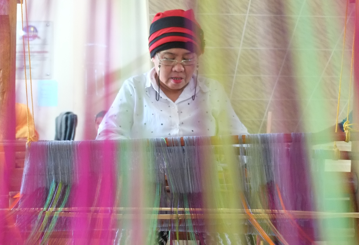Kapaginaul Weaving Competition