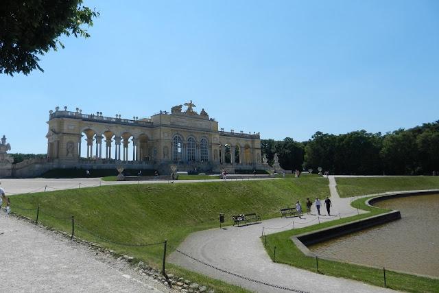 Glorietta w Schonbrunn