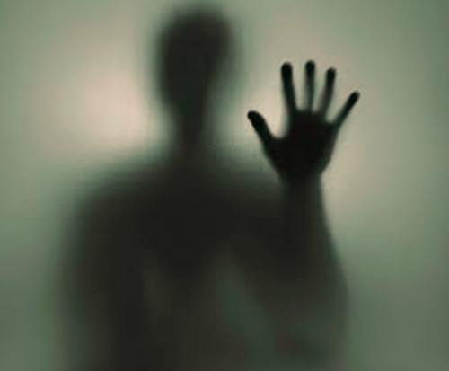 Πιστεύετε στα φαντάσματα...; Δείτε το βίντεο... (ΒΙΝΤΕΟ)