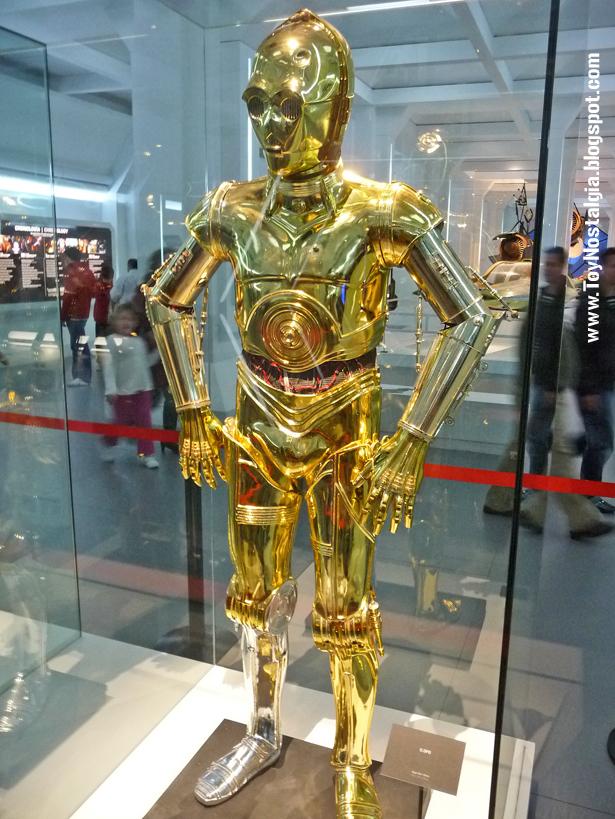 "C3PO (See-Threepio) ""Episodio IV - Una Nueva Esperanza""  (STAR WARS - The Exhibition)"