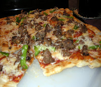 Grilled meatball pizza