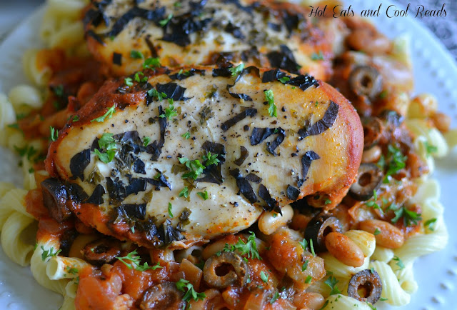 A flavorful, easy and budget friendly recipe the whole family can enjoy! Serve over pasta with a salad and garlic break for a complete meal! Slow Cooker Tuscan Chicken with Pasta Recipe from Hot Eats and Cool Reads