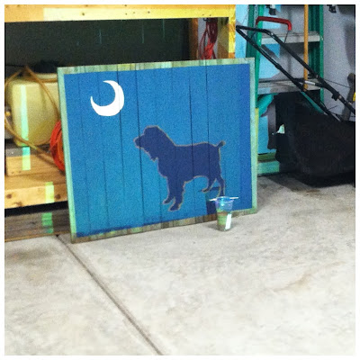 How to make Boykin Spaniel under Palmetto Moon on reclaimed wood wall art | The Lowcountry Lady
