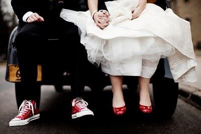 Lo sposo in Converse? Sì, lo voglio