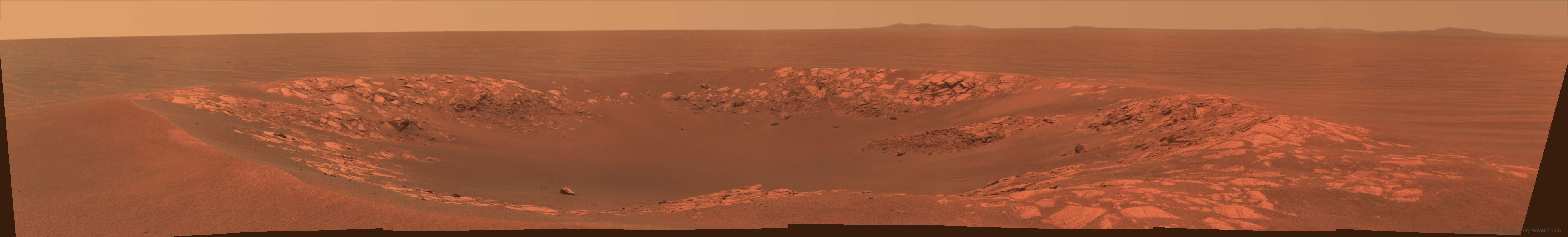 Miệng hố va chạm Intrepid chụp bởi tàu tự hành Opportunity. Hình ảnh: NASA, JPL, Cornell, Opportunity Rover Team.