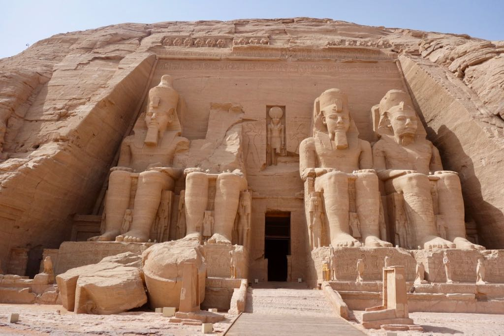 Musings on Life in Hong Kong: Ramses II's Temple at Abu Simbel