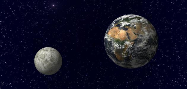 عجائب الرياضيات الوصول الى القمر عن طريق طي ورقة واحدة