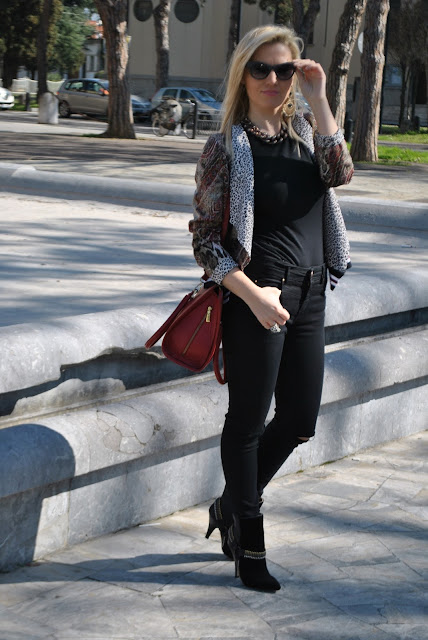 outfit nero come abbinare il nero abbinamenti nero black outfit how to wear black how to combine black how to match black invernali outfit marzo 2016 outfit casual invernali mariafelicia magno fashion blogger color block by felym fashion blogger italiane fashion blog italiani fashion blogger milano blogger italiane blogger italiane di moda blog di moda italiani ragazze bionde blonde hair blondie blonde girl fashion bloggers italy italian fashion bloggers influencer italiane italian influencer