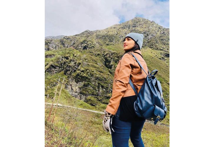 Hruta Durgule Travelling