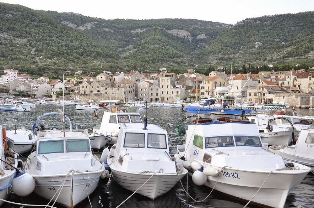Chorwacja, Croatia, Komiża, podróż z dzieckiem, podróże, Vis, port