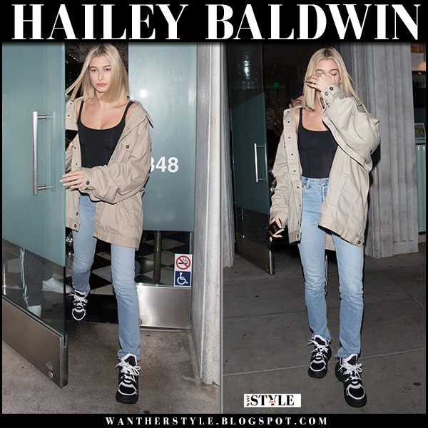 Hailey Baldwin in beige jacket y/project, jeans and black sneakers model style march 5