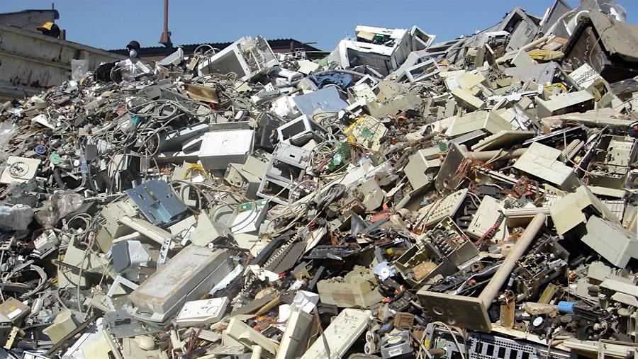 Rác thải công nghiệp ở việt nam - Báo động về ô nhiễm môi trường