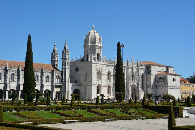 Jeronimos Monastery Lisbon garden