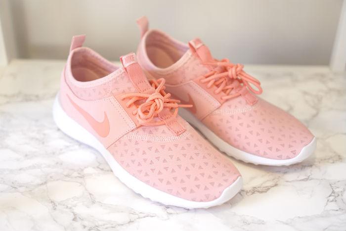 women nike juvenile in bright melon, cute nikes, cute workout shoes
