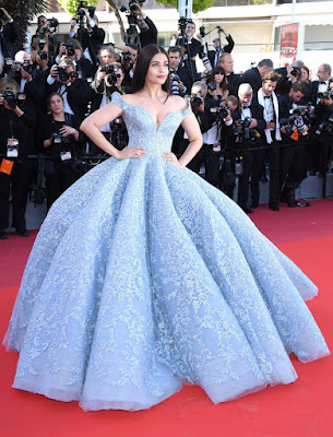 aishwarya-looks-princess-like-at-cannes-red-carpet
