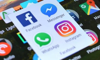 Facebook Told to Stop Taking Data From German WhatsApp Users