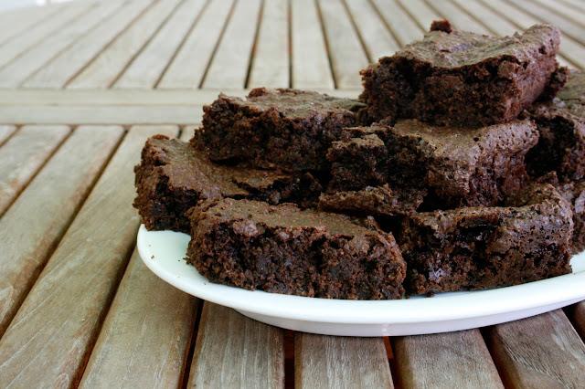 Brownie saludable de avena sin gluten, sin lactosa, sin huevo