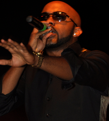 lady snatch banky w private stage