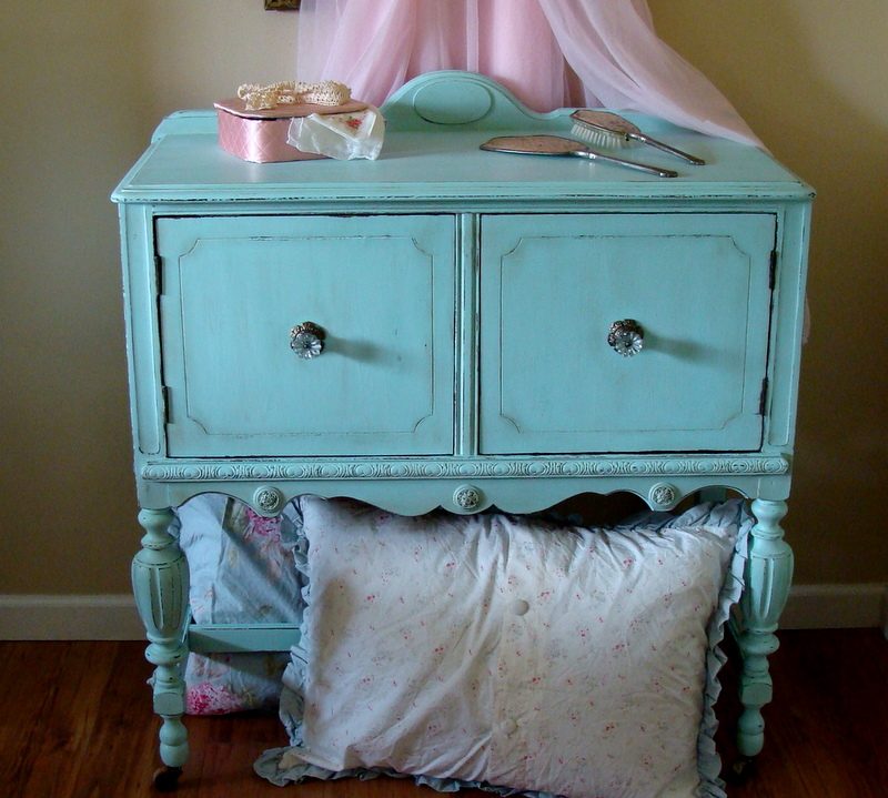 The Decorating Diaries: Turquoise Cabinet With Homemade