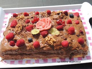 http://recettes.de/genoise-a-la-mousse-chocolat-et-framboises