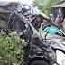 Minibus Grand Livina Berpenumpang Satu Keluarga Ringsek Diterjang Kereta Api di Tegal