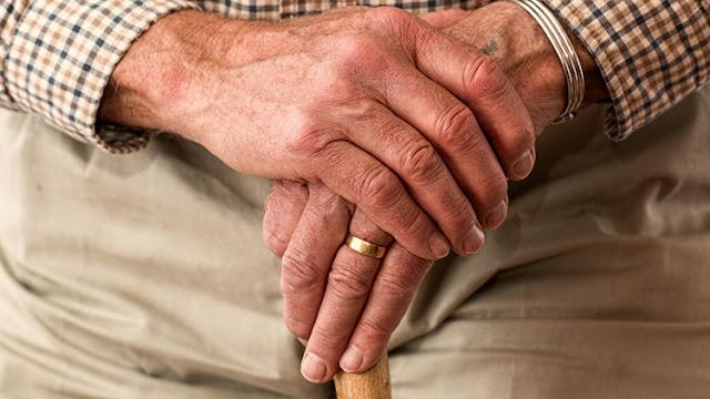 España, los fondos buitre sobrevuelan las residencias de ancianos