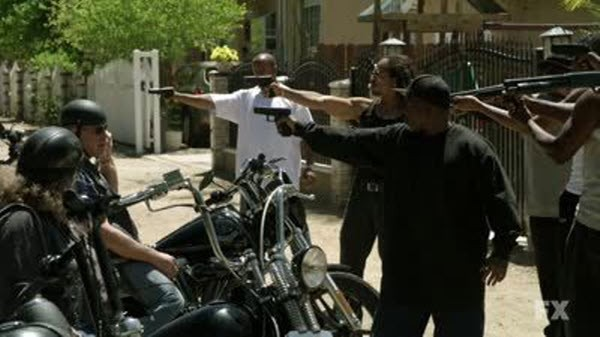 Sons Of Anarchy - Season 3 Episode 1: SO