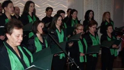 """Θεσπρωτία: Ωραίες μελωδίες σε εκδήλωση της μικτής χορωδίας ενηλίκων του Συλλόγου """"Ρένα Κώτσιου"""""""