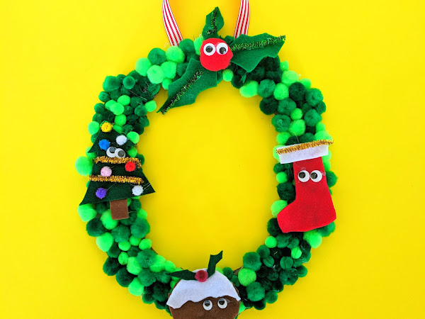 Cute Christmas Pompom Wreath